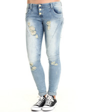 Basic Essentials - Vine Skinny Jean w/destructed detail