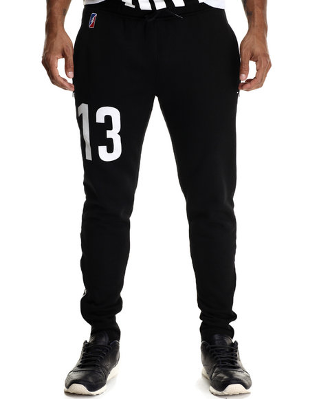 Ur-ID 188314 Post Game - Men Black Sharks Joggers