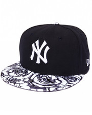 Men - New York Yankees Satin Bloom 950 Strapback Hat