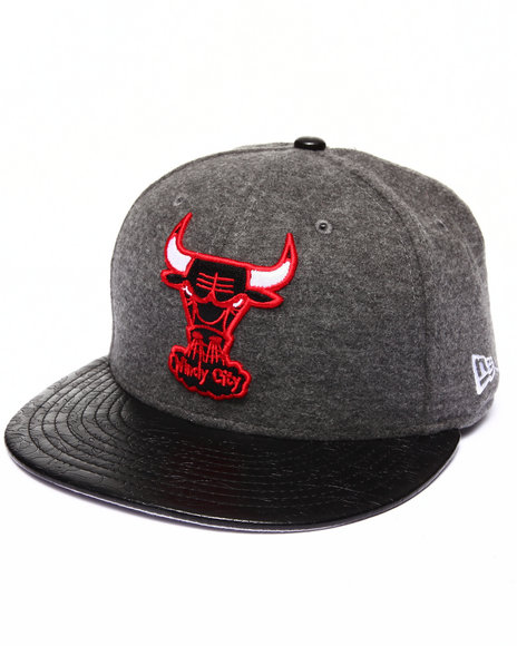 New Era - Men Grey Chicago Bulls Faux Leather Step Out 950 Strapback Hat - $19.99