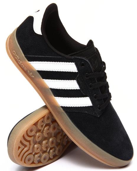 Adidas - Men Black Seeley Cup Sneakers