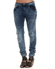 Basic Essentials - Dart Distressed Boyfriend Jean
