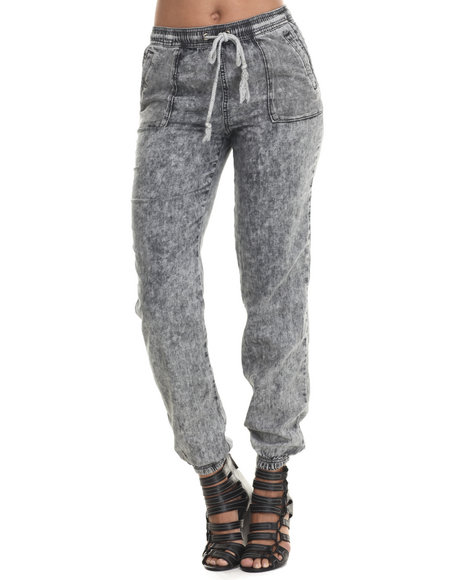 Basic Essentials - Women Black Sporty Chambray Bottoms W/Drawcoards