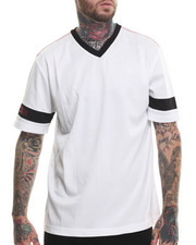 Shirts - S/S Giant V-Neck Tee