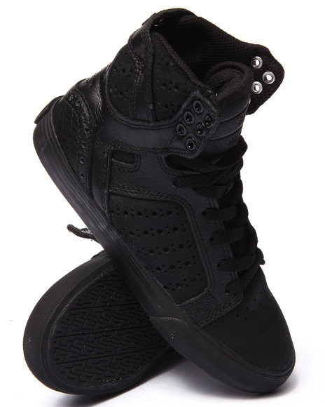 Supra - Women Black Supra Skytop Suede & Leather Sneaker