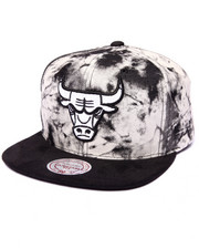 Men - Chicago Bulls Vintage Acid Wash (Drjays.com Exclusive)