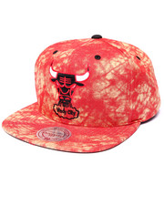 Men - Chicago Bulls Burnt Red Acid Wash Snapback Hat (Drjays.com Exclusive)