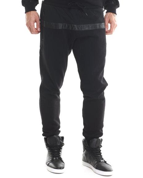 Ur-ID 207326 Rocksmith - Men Black Stratus Jogger