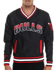 NBA, MLB, NFL Gear - Chicago Bulls Starter Blowout Pullover Jacket
