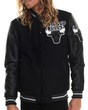 NBA, MLB, NFL Gear - Chicago Bulls Bogue Varsity Jacket w/ Vegan Leather Sleeves