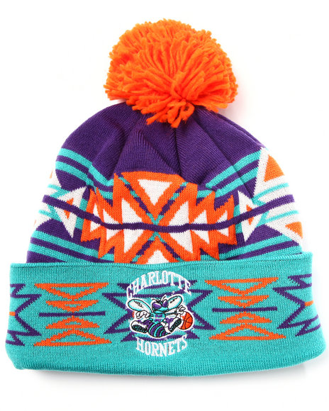 Mitchell & Ness - Men Teal Charlotte Hornets Nba Hwc Geotech Cuffed Pom Knit