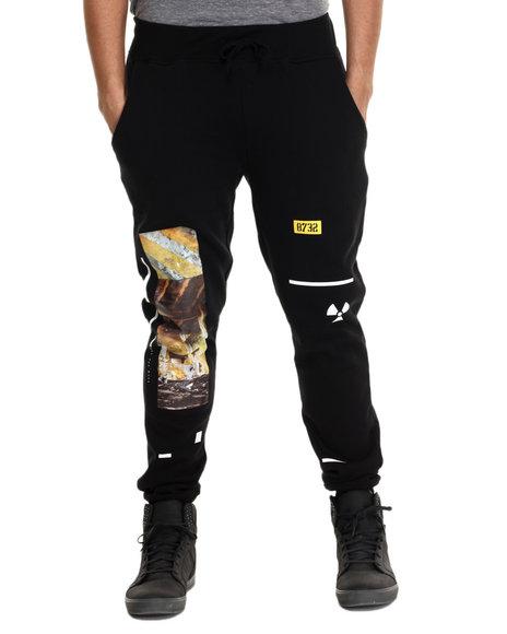 Ur-ID 215035 Eight 732 - Men Black Asymmetry Sweat Pant