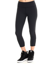 Women - UA Armourvent Stretch Woven Capri