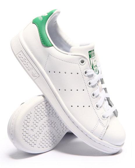 Adidas - Boys White Stan Smith J Sneakers (3.5-7)