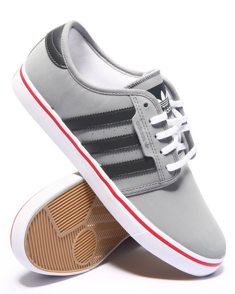 Adidas - Men Grey Seeley Low