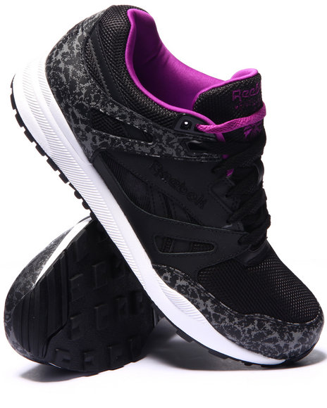 Reebok - Men Black Ventilator Reflective Sneakers