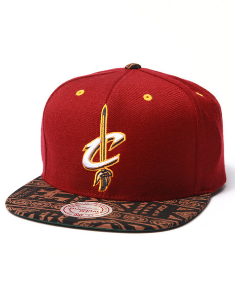 Mitchell & Ness Men Cleveland Cavaliers The Archives Snapback Hat Maroon