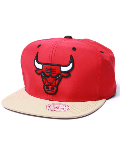 Mitchell & Ness - Men Red Chicago Bulls  Butter Nylon 2Tone Strapback Hat