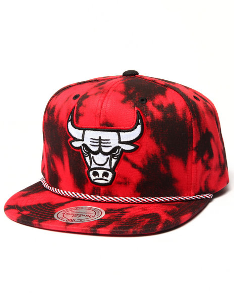 Mitchell & Ness - Men Red Chicago Bulls Red & Black Denim Snapback Hat