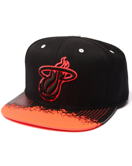 Mitchell & Ness Men Miami Heat Infrared Visor Snapback Hat Red