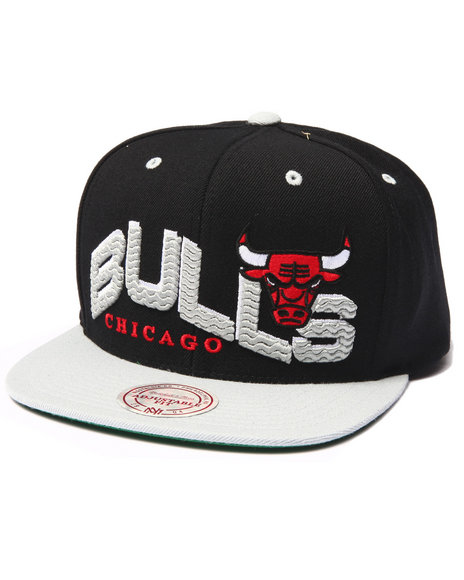 Mitchell & Ness Men Chicago Bulls Throwback The Wave 2-Tone Snapback Black