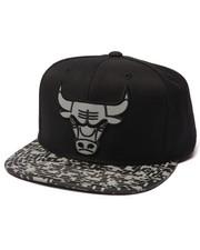 Mitchell & Ness - Chicago Bulls Digi Camo Reflective Visor Snapback