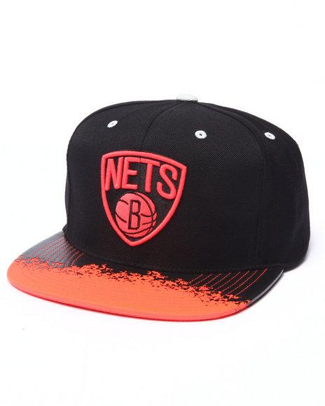 Ur-ID 223070 Mitchell & Ness - Men Red Brooklyn Nets Infrared Visor Snapback Hat