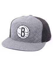 Mitchell & Ness - Brooklyn Nets Quilted Horizon 6 Panel Snapback Hat