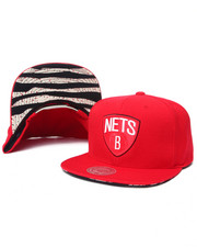 Mitchell & Ness - Brooklyn Nets Apple Red edition Snapback hat (Undervisor print detail)