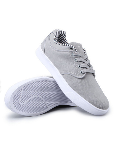 Buyers Picks - The Manco lowtop sneaker