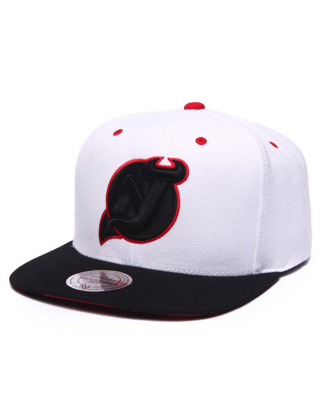 Mitchell & Ness Men New Jersey Devils V Snapback Hat (Undervisor Print White