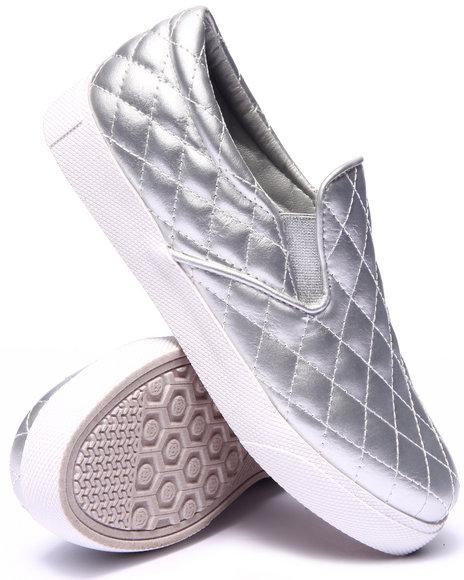 Fashion Lab - Women Silver Ollie Quilted Faux Leather Slip On Sneaker