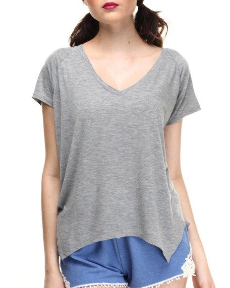 Ur-ID 216013 Fashion Lab - Women Grey Relaxed Fit Tee W/Slit Side Hem