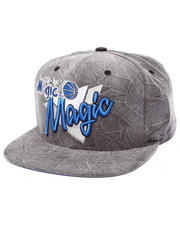 Mitchell & Ness - Orlalndo Magic Crease Triangle Script Snapback Hat