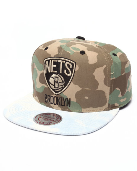 Mitchell & Ness Men Brooklyn Nets Distinguished American Snapback Hat Camo