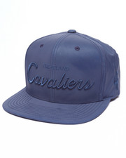 Mitchell & Ness - Cleveland Cavaliers Embroidered Script Tonal Reflective Snapback