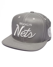 Men - Brooklyn Nets Embroidered Script Tonal Reflective Snapback