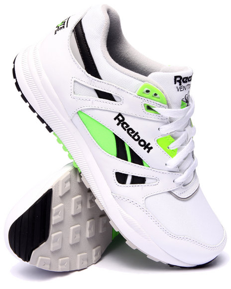 Ur-ID 216190 Reebok - Men White Ventilator Pop Sneakers