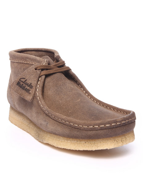 Ur-ID 216436 Clarks - Men Beige Wallabee Boots