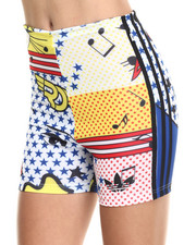 Shorts - Rita Ora Super Short