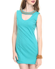 Women - Sleeveless Scoop Neck Bodycon Dress