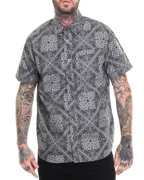 Ur-ID 217000 Buyers Picks - Men Grey Bandana S/S Print Button Down Shirt
