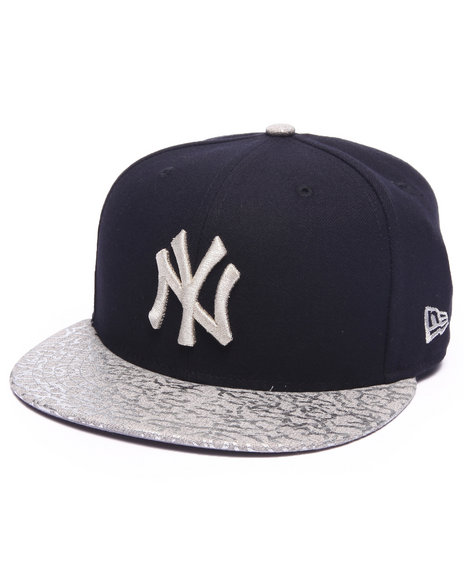 Ur-ID 217148 New Era - Men Navy New York Yankees Snap Foiler 950 Snapback Hat