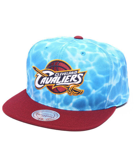 Ur-ID 223158 Mitchell & Ness - Men Multi Cleveland Cavaliers Surf Camo Snapback Hat