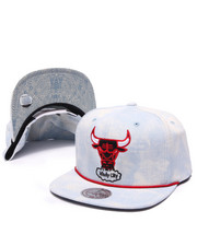 Men - Chicago Bulls Lite Acid Wash Denim Snapback Hat