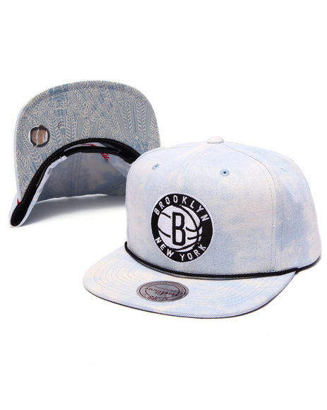 Mitchell & Ness Men Brooklyn Nets Lite Acid Wash Denim Snapback Hat Light Wash