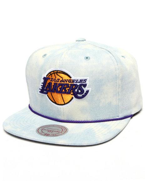Ur-ID 223168 Mitchell & Ness - Men Light Wash Los Angeles Lakers Lite Acid Wash Denim Snapback Hat