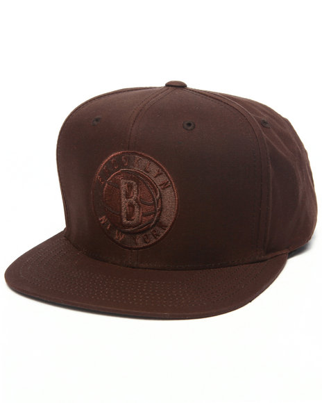 Mitchell & Ness Men Brooklyn Nets Waxed Canvas Strapback Hat Brown