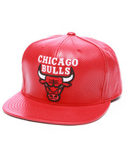 Mitchell & Ness - Chicago Bulls NBA Current Perforated 100% Leather Snapback Hat