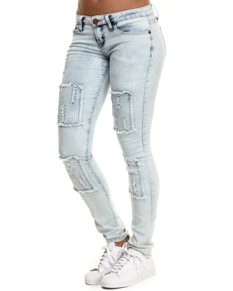 Basic Essentials - Women Light Wash Skinny Jean W/Box Detail